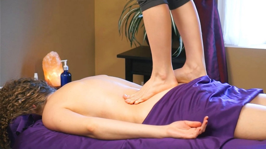 Amazing Ashiatsu Sexy Barefoot Back Massage Using Feet!