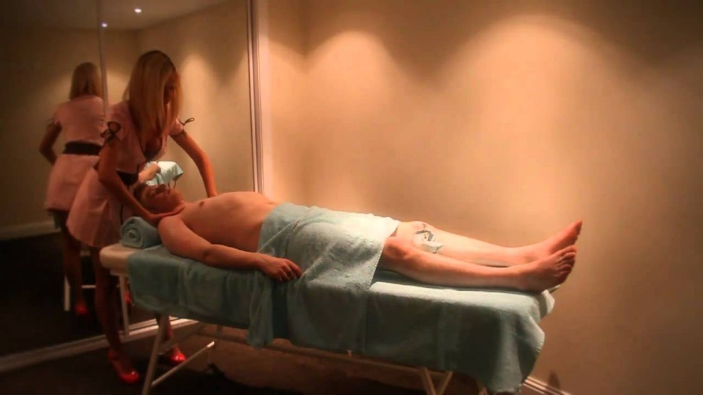 Are you in Edinburgh? Why not try a sensual massage at Edinburgh Glam Massage?