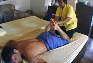 authentic thai massage is done in Bangkok