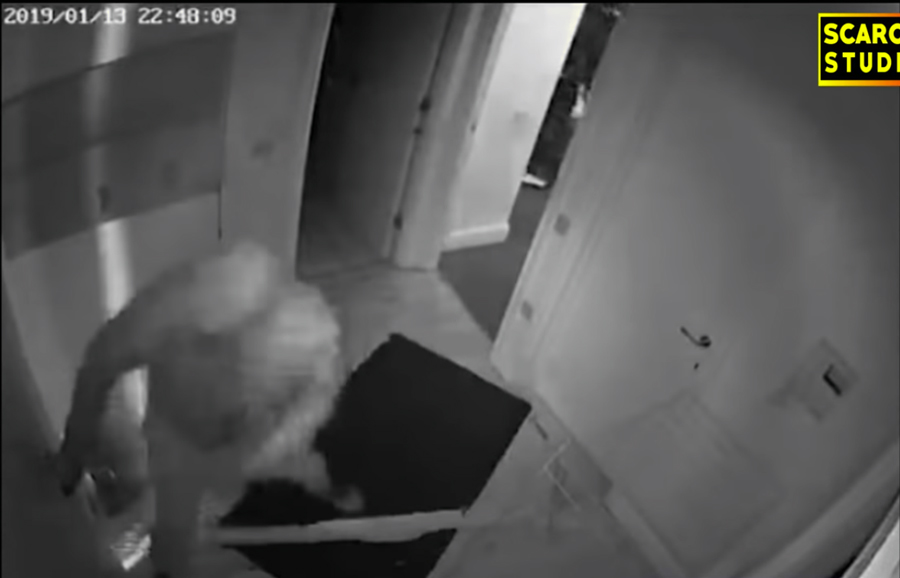 east london massage parlour robbed