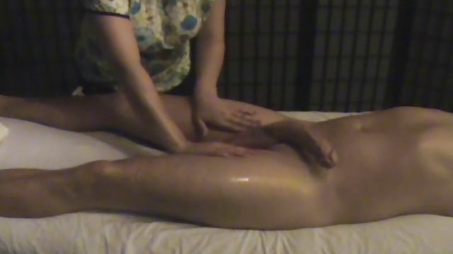 Big cock massage parlour handjob