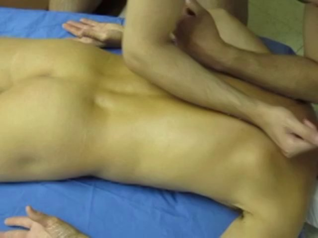 Hot massage 4 men gay action!
