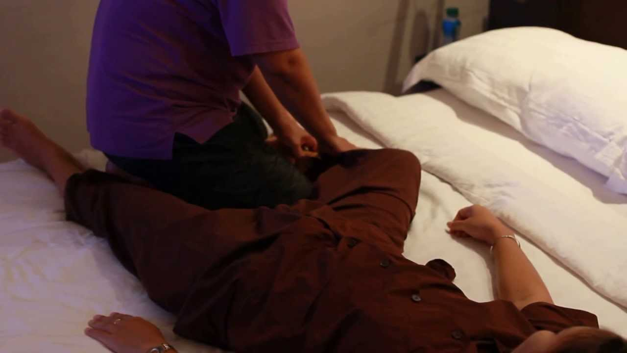 Leg Massage Thai in Bangkok ✔