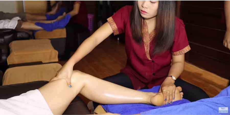 thai foot and legs massage