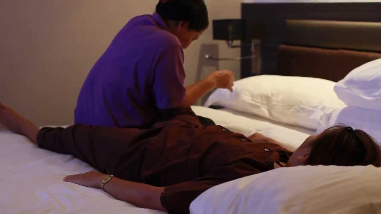 Thai leg and groin massage on an outcall to clients hotel in Bangkok ✔