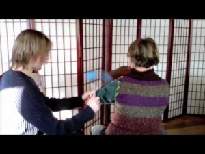 Use bongers massage tool to give or receive a massage anywhere